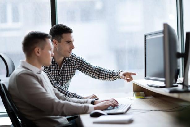 consumer-lane-2-people-desktop